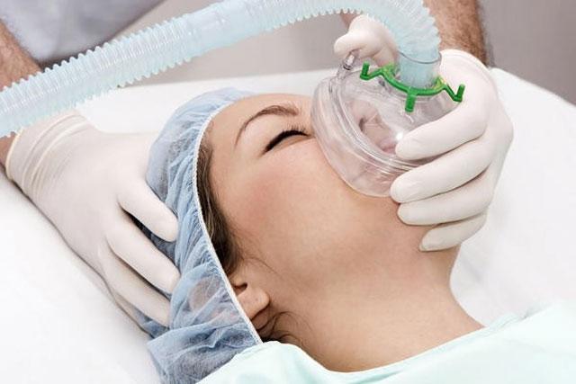 سدیشن عمیق و بیهوشی عمومی در دندانپزشکی
