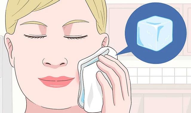 کمپرس آب سرد برای درمان دندان درد