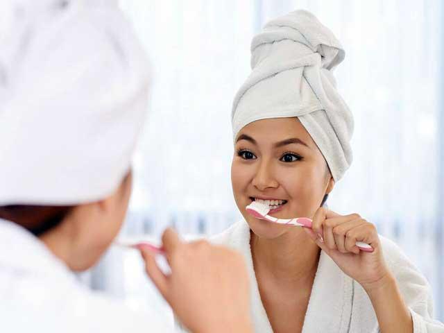 ارتباط میان مسواک زدن و دندان درد در حاملگی