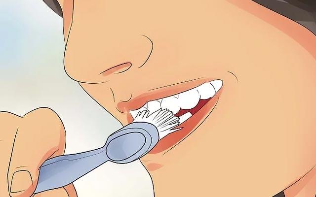 دندان های خود را مسواک بزنید